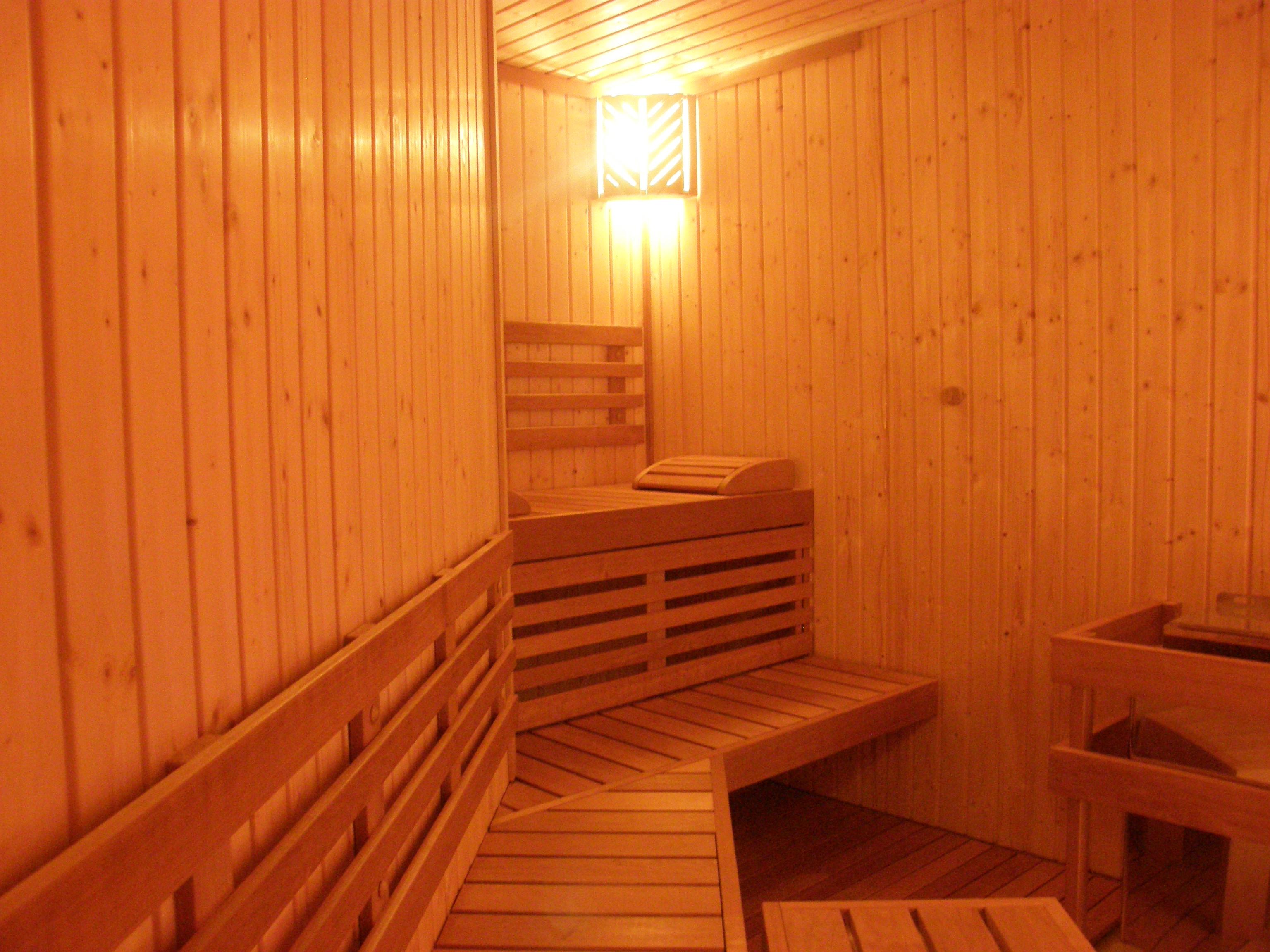 sauna traditional