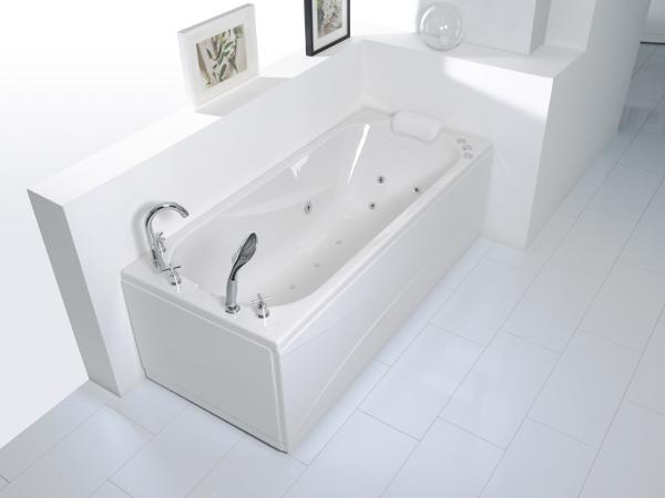 Lyra Rectangular Whirlpool Bathtub
