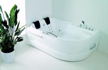 Regina Whirlpool Tub