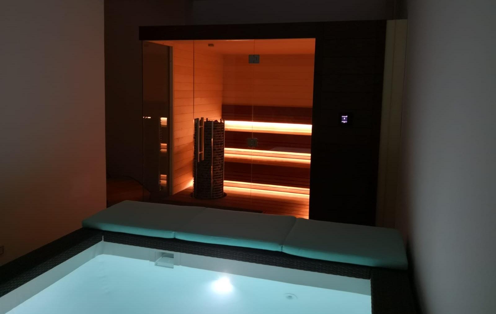 Sauna and pool Dubai