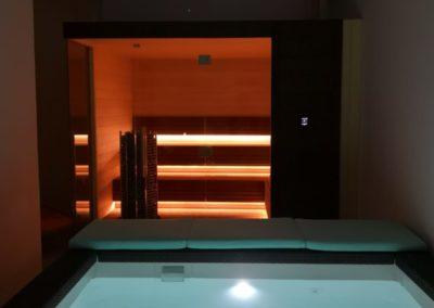 Sauna and pool Dubai 5