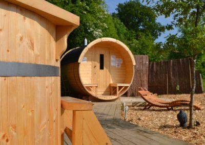 Sauna barrel 2 m Length x 1.9 d with terrace Viking2